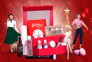 Holiday Like A Star Beauty Box: An Exclusive Limited Edition 11-piece Gift Set worth RM410. Make it yours for RM189!